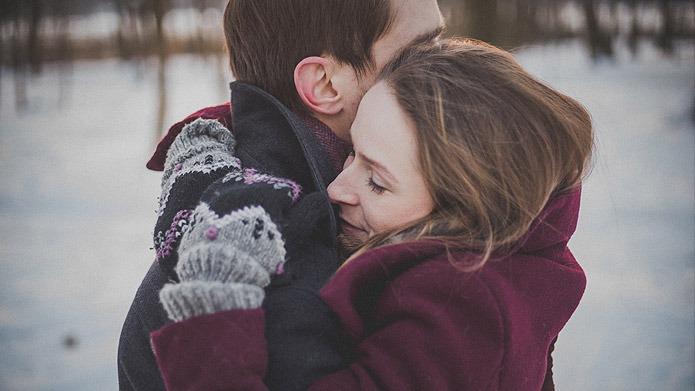 Capelli ed inverno: come proteggerli dal freddo
