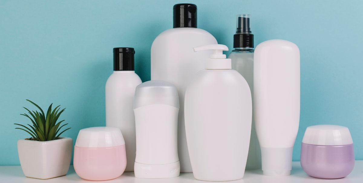 Parabeni, tensioattivi e ipoallergeni: come scegliere prodotti per capelli non dannosi